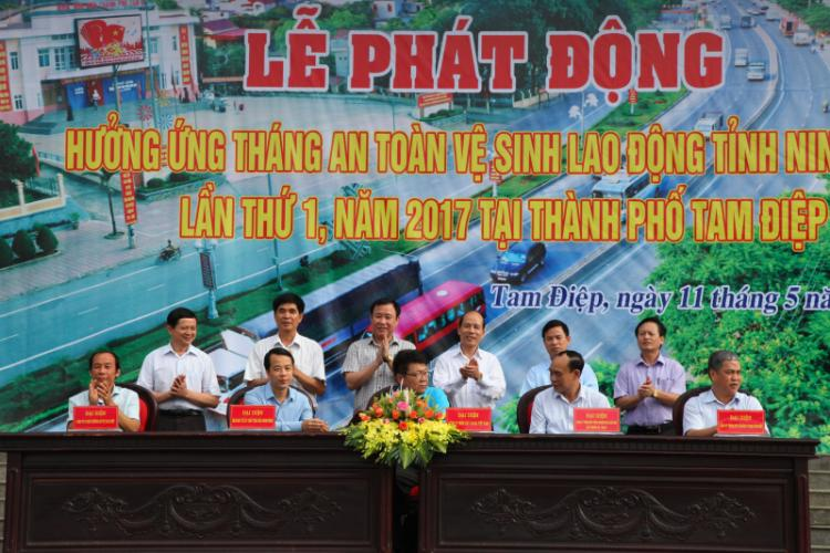 le-phat-dong-thang-an-toan-ve-sinh-lao-dong-2017